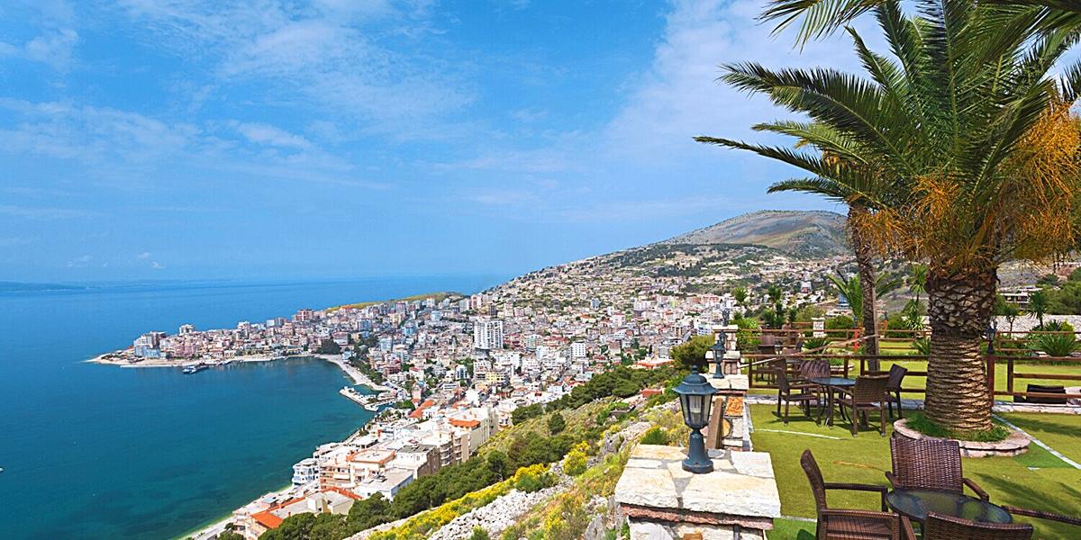 Σαράντα ακτή της Αλβανίας